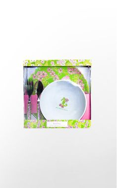 Melamine Gift Set: This may look a little childish, but it will make those ramen noodle nights much more attractive.
