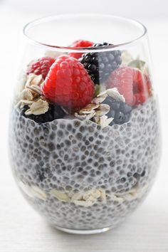 This chia pudding breakfast recipe is very easy to make and super versatile. Make the Very Berry Chia Parfait, Apple Cinnamon Chia Parfait, or Mango Coconut Chia Parfait or adapt the recipe to match your dietary and taste preferences. It's sugar-free and sweetened with only fruits and berries. #cleaneating #healthy #plantbased #realfood #sugarfree #breakfast #chia #chiapudding