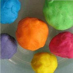 Cómo preparar plastilina casera apta para niños celíacos