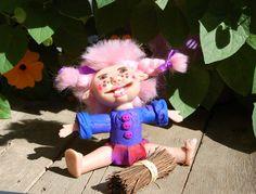 Fantasie -Figur,Skulptur,Freches Mädchen,Dekofigur,handgefertigt,handmade,aus…