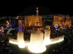 The Most Beautiful Fountains in the World, Bellagio Fountains, Las Vegas. I saw these!!!