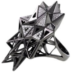John Brevard Black Stellated Star Diamond Gold Ring ($12,000) ❤ liked on Polyvore featuring jewelry, rings, gold, star diamond ring, pave ring, egyptian gold rings, gold statement ring and 18k yellow gold ring