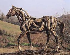 Heather Jansch's driftwood sculptures feature a variety of animals, but the most abundant and notable subjects are horses. The artist has had a life-long love of horses, and it shows in the incredible detail she puts into her life-size horse sculptures. Aquarium Driftwood, Driftwood Sculpture, Horse Sculpture, Driftwood Art, Human Sculpture, Equine Art, Horse Art, Horse Horse, Garden Art