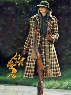 Karen Bjornson by Toscani. Vogue UK 1974