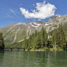 Kirchlein beim Obernberger See in Tirol. Foto von Felix Richter. Seen In Tirol, Kirchen, Medium Art, Mountains, Nature, Travel, Photos, Social Media, Viajes