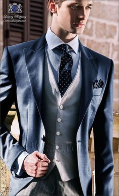 Traje de novio italiano Chaqué azul ONGala 899