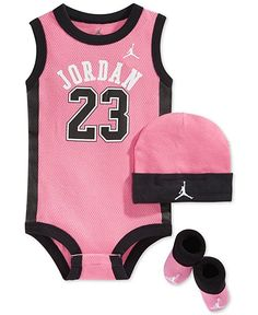 Nike Baby Girl Clothes Fascinating Nike Baby Girls' 3Piece Dot Bodysuit Hat & Booties Set  Babies Design Inspiration