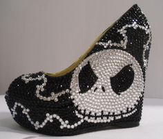 Nightmare before christmas open toe wedges (jack skellington) Dream Shoes, Crazy Shoes, Jack Disney, Cute Shoes, Me Too Shoes, Jack Skellington Faces, Sally Skellington, Nightmare Before Christmas Wedding, Jack The Pumpkin King