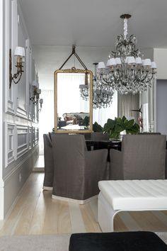 Apartment designed by Mauricio Karam.