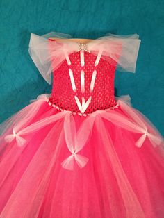 Princess Aurora Tutu Dress, you can diy and it would be more cheaper than buying! Diy Baby Costumes, Diy Halloween Costumes For Kids, Dress Up Costumes, Girl Costumes, Costumes Kids, Little Girl Fashion, Little Girl Dresses, Girls Dresses, Tutu Dresses