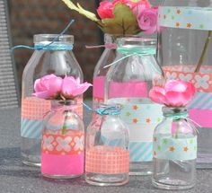 DIY gift wrapping with washi tape and kraft paper Hobbies And Crafts, Diy And Crafts, Paper Crafts, Mason Jar Crafts, Bottle Crafts, Deco Table Noel, Washi Tape Crafts, Diy Décoration, Masking Tape