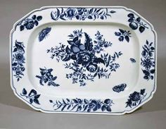 A First Period Worcester Underglaze Blue Porcelain Pine Cone Pattern Dish, Circa 1770-85.