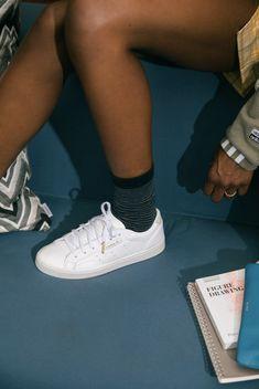 Women's white sneakers that transition from season to season. Shop adidas Originals white sneakers. #whitesneakers #womenssneakers