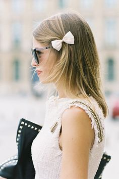 hair bow, Valentino clutch