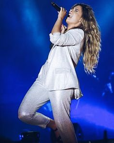 Thalia, Idol, Tv, Instagram, Music, Iphone, Wallpaper, Style, Ball Hairstyles