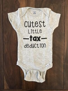 Cute Baby Clothes - Funny Baby Bodysuit - Tax Deduction Bodysuit - Newborn Bodysuit - Handmade Baby Bodysuit - Infant Bodysuit - My list of the most healthy baby products Baby Boys, Handgemachtes Baby, Baby Sleep, Camo Baby, Carters Baby, Diy Baby, Funny Baby Clothes, Funny Babies, Cute Babies