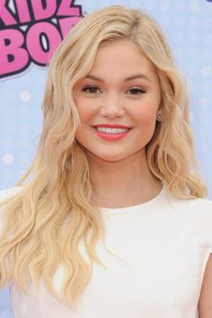 Every Last Beauty Look from the Radio Disney Music Awards
