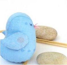 Kumaştan Anlatımlı Minyatür Kuş Yapımı - http://m-visible.com/kumastan-anlatimli-minyatur-kus-yapimi.html