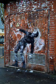 street art in paris by levalet (5) #streetart jd