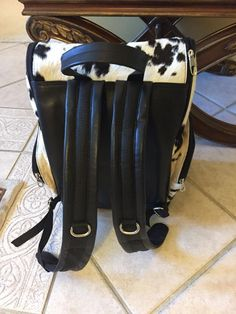 Cute Cowgirl Boots, Luggage Backpack, Cow Hide Rug, Golf Bags, Travel Bag, Diaper Bag, Fantasy Illustration, Backpacks, Purses