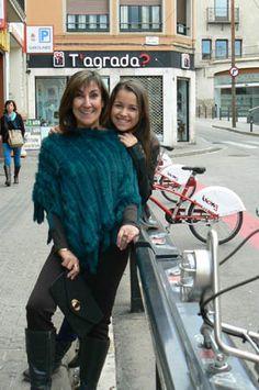 En la parada de Bicing de la calle Horta.