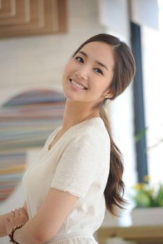 Name: 박민영 / Park Min Young (Bak Min Yeong) Profession: Model and actress Birthdate: 1986-Mar-04 (age 27)