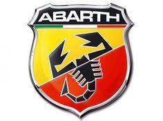 L'histoire d'Abarth débute en 1949 à Turin. Reconnu pour ses préparations démoniaques, la marque est reconnaissable par son scorpion. Ce symbole est tout simplement le signe zodiacal du créateur d'Abarth. Le logo fait évidemment référence au drapeau tricolore italien.