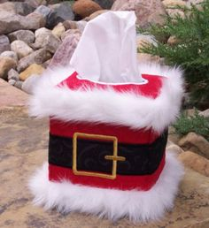 Santa Tissue Box Cover - SIte also has other do it yourself holiday tissue covers too - so cute