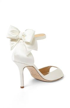 Love the bows on the back of these chic heels