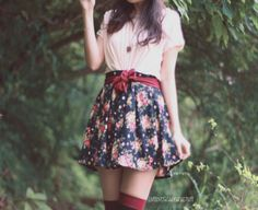 my fave pix in 2010 – the florals & others Sailor Moon Outfit, Modern Vintage Fashion, Vintage Style, Fashion 101, Womens Fashion, Dress Me Up, Minimalist Fashion, Dress To Impress, Style Inspiration