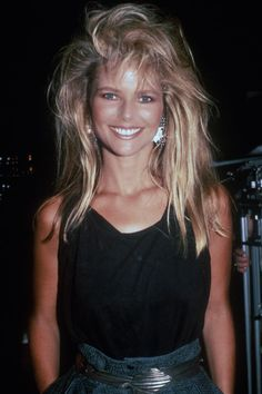 Beauty Icons - Best Supermodels and Actresses of - Christie Brinkley Costume Année 80, Look 80s, 80s Party Outfits, 80s And 90s Fashion, 80s Fashion Party, 80s Fashion Icons, 1980s Fashion Trends, My Hairstyle, Mode Vintage