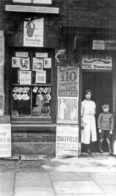 Bond's Newsagents on Craven road darnall Sheffield Candid Photography, Vintage Photography, Street Photography, Sheffield England, South Yorkshire, Old Street, Old And New, Genealogy, Old Photos
