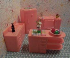 Plasco PINK KITCHEN SET + Vintage Dollhouse Plastic Furniture Ideal Renwal Marx #Plasco