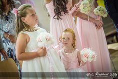 wedding-photographer-london-five-ashes-hall-kids