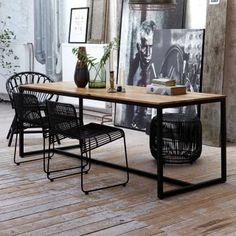 Tisch Form von house doctor