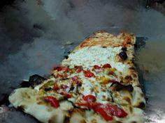 Pizza patate friarelli e cacio,vegetariana e quattro formaggi dok.....