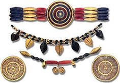 A typical Mesopotamian combination was of lapis lazuli, gold and carnelian