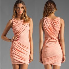 """❤️Sale❤️Alice and Olivia Orange Goddess Dress Fun dress by Alice and Olivia Air line!  Never wore.  Lying flat, measures approximately 16"""" from pit to pit and approximately 37"""" from top to bottom.  No trades. ⛄️Limited time bundle sale!  Save 20% when you bundle 3+ items.⛄️ Alice + Olivia Dresses"""