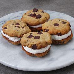 Healthier Froyo Cookie Sandwiches
