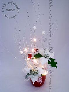 Vánoční led dekorace, potěší nejen v denním světle, ale i v příšeří. Christmas Tree, Led, Table Decorations, Holiday Decor, Design, Home Decor, Teal Christmas Tree, Decoration Home, Room Decor