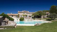 ~ Galeries de photos du Mas de la Rose, hôtel de luxe en Provence