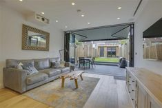 3 bed terraced house for sale in Queens Road, Finchley, London N3 - Zoopla