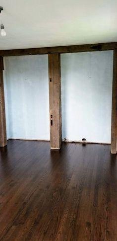Choosing The Best Farmhouse Style Floor Stain | Hammers N Hugs Hardwood Floor Stain Colors, Oak Wood Stain, Oak Hardwood Flooring, Brick Flooring, Shabby Chic Grey, Shabby Chic Farmhouse, Farmhouse Style, Farmhouse Ideas, Oak Floor Stains