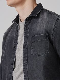 Classic tailored denim gains a little texture from a stone wash treatment, for a worn-in vibe with vintage ease.Classic Frank + Oak slim fitButton down collarChest pocketRounded cuffs100% cotton