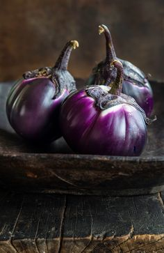 This little eggplants are incredible. Their purple color and their freshness is palpable. Straight from the garden goodies are always going to win my heart.