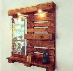 Easy And Unique Ideas For Wooden Pallet Projects Pallet Wall Decor, Wooden Pallet Projects, Wooden Pallets, Woodworking Projects Plans, Diy Woodworking, Woodworking Videos, Arte Pallet, Pallet Art, Pallet Ideas