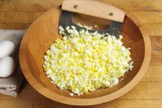 Egg Salad w-chives3