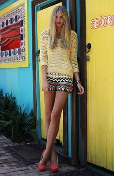 Senorita (Tuula), yellow knitted sweater, tribal shorts