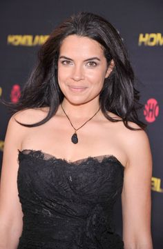 Luxurious glitter and glamour Zuleikha Robinson Zuleikha Robinson, Cold Sore Treatment, Brunette Girl, British Actresses, Camisole Top, Faces, Glitter, Hollywood