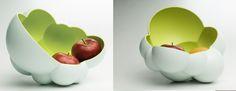 Corbeille à fruits BUBBLICIOUS créé par D-vision, un plat à fruits constitué de plusieurs sphères de dimensions variables accrochées les unes aux autres. #corbeille #design